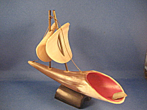 Ash Tray Boat Made Out Of Horn