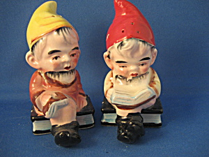 Elf Salt And Pepper Shakers
