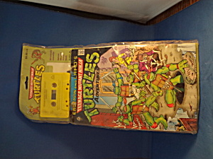 Teenage Mutant Ninja Turtles Deluxe Comic Book And Cassette