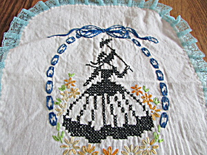 Bonnet Lady Doily