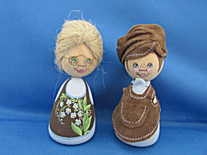 Wooden Hand Painted Couple by Barbro Bjoenberg (Image1)