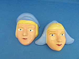 Chalkware Dutch Couple