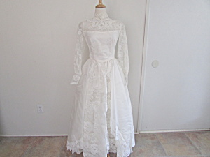 1970 Wedding Dress With Veil And Train