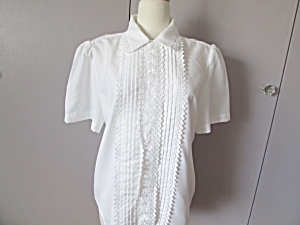 1980 Lauren Lee White And Lace Blouse