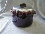 Click to view larger image of Westbend Bean Pot with Bakelite Handle (Image1)