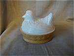 Click to view larger image of Avon Milkglass Chicken in a Basket (Image1)