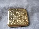Pilche Gold Tone Compact