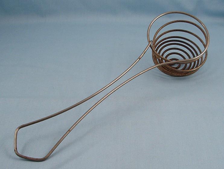Wire Egg Strainer - Vintage Kitchen Collectibles (Gadgets) at tipp ...