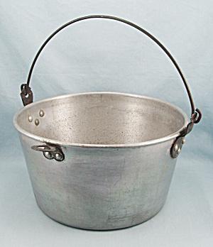 Wear-Ever Windsor Kettle No. 130 (Image1)