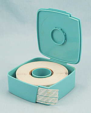 Tupperware Label Dispenser, Blue, W/labels