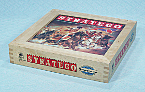 Stratego, Nostalgia Game Series, Wooden Box, Milton Bradley, 2002