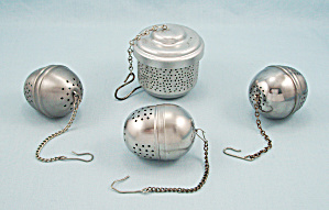 Four Tea Balls/ Infusers  (Image1)