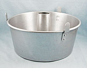 Mirro 5394M – 10-Inch Angel Food Cake Pan (Image1)