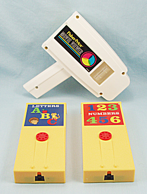 Fisher Price Movie Viewer, 2014 W/ Numbers And Letters Cartridges