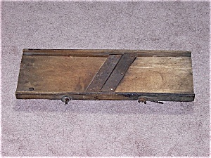 Primitive Vintage Wood  Food Slicer - Cabbage Cutter - A (Image1)