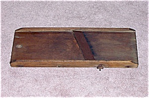 Primitive Vintage Wood Cabbage Cutter - B (Image1)