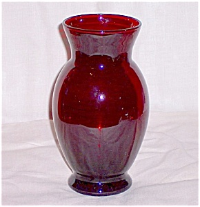 Royal Ruby Coolidge Vase- Anchor Hocking (Image1)