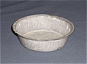 Granite Ware Small  Dish – Gray Enamel (Image1)