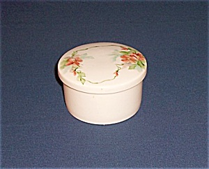 Dresser / Decorated Powder Jar (Image1)