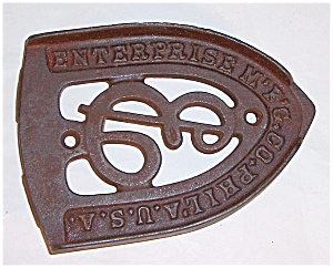 Cast Iron - Enterprise Mfg. Philadelphia U.S.A. -  Iron Stand / Trivet (Image1)