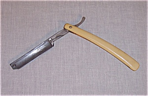Shapleigh Straight Razor