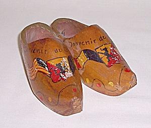 Souvenir – Wood Shoes – Belgium (Image1)
