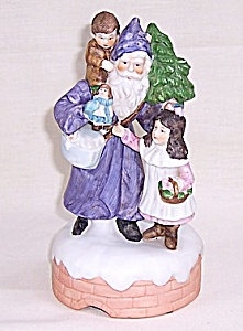ENESCO, �The Santa Claus Shoppe� Music Box, �O� Tannenbaum� (Image1)