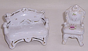 1940's China Doll House Furniture (Image1)