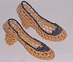 Vintage Knit Shoes � Novelty / Whimsy (Image1)