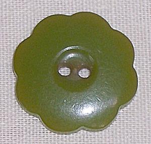 Light Green Bakelite Button (Image1)