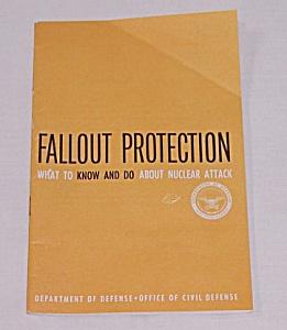 1961 Civil Defense Information Booklet – Robert McNamara, Secretary of Defense (Image1)