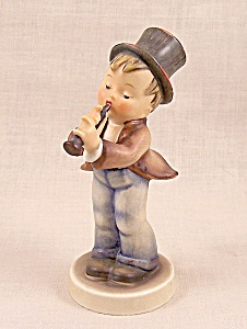 "Hummel Figure ""Serenade"" # 85/0, Stylized Bee 1960 -1972 (Image1)"