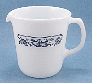Pyrex - Creamer – Old Town / Blue Onion Pattern (Image1)