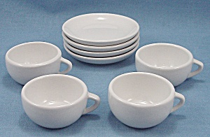 Children Dishes � White (Image1)