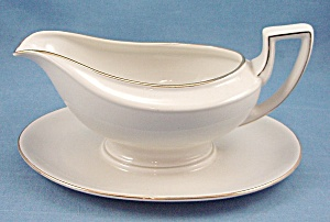 Johann Haviland � Bavaria Germany � Gravy W/ Fixed Under-Plate (Image1)