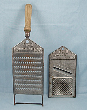 Kitchen Collectibles - 3 In 1 Lightning Shredder � Wood Handle Grater (Image1)