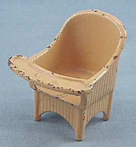 Kilgore - Cast Iron - Dollhouse Furniture - Nursery Chair - Yellow #1