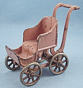 Kilgore T-84 � Toy Baby Carriage / Stroller	- Lavender (Image1)
