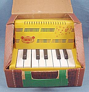 Vintage Emenee Keyboard Accordion with Box (Image1)