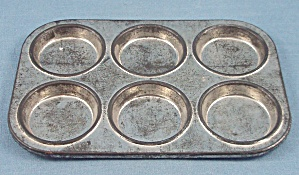 Children�s Dishes - Muffin Tin � Six	 (Image1)