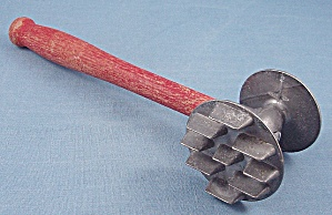 Red Handled Meat Tenderizer - Modern Industries - D. Pat. No.1938 #2