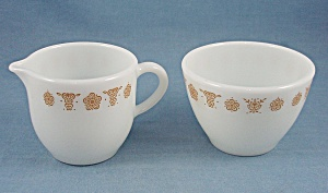Pyrex – Corning Glass – Butterfly Gold, Cream & Sugar (Image1)