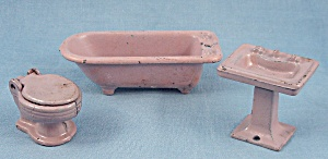 Kilgore � Cast iron � Dollhouse Furniture �Bathroom Set � Three Lavender Pieces (Image1)