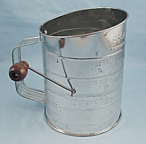 Vintage Kitchen Collectibles - Bromwell's - Sifter - Wood Handle, 3-cup