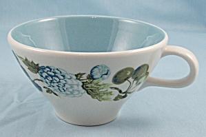 Iroquois – Ben Seibel – Blue Vineyard – Cup (Image1)