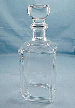 Service Award � Nibco � Crystal Decanter (Image1)