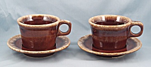 Hull - Crestone - Two Cups & Saucers