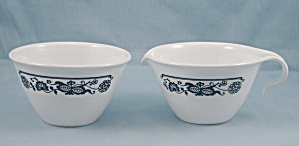 Corning/ Corelle - Cream & Sugar - Old Town / Blue Onion Pattern