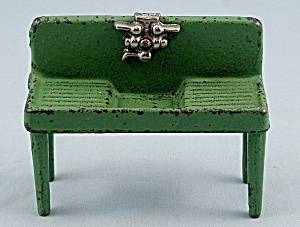 Kilgore T-46 �Cast Iron, Dollhouse Furniture, Standing Kitchen Sink � Green (Image1)