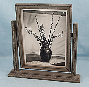 Art Deco - Swing Frame - Roseville, Florentine Vase Photo